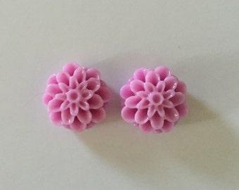 Lilac Dahlia Resin Earrings (16MM)