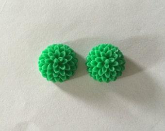 Shamrock Green Mum Resin Earrings (15MM)