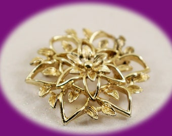 Vintage Gold Tone Brooch Sarah Coventry Brooch Vintage Brooch Vintage Jewelry