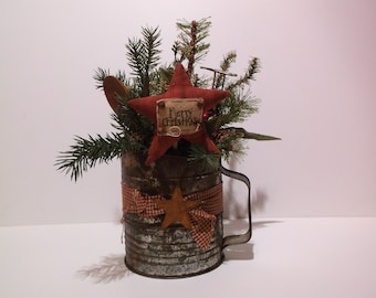 Vintage Bromwell's Five Cup Sifter Holiday Decor