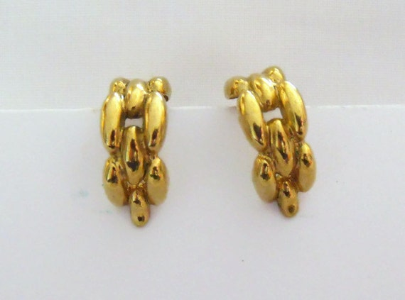 vintage clip on earrings, M&S gold coloured 1980's retro earrings, retro costume jewellery