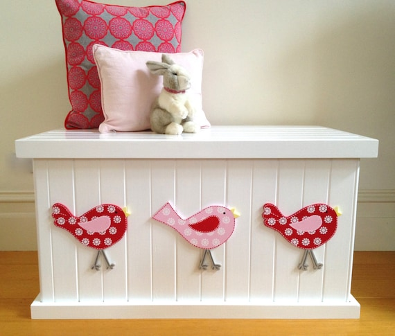 toy box bird cherry red pink girls toy box toy chest toy. Black Bedroom Furniture Sets. Home Design Ideas