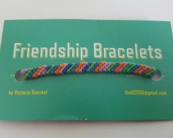 Diagonal friendship bracelet (d11)