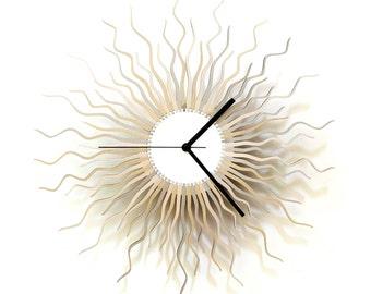 Medusa silver L / XL - contemporary wooden wall clock