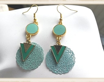 """A pair of earrings """"elia"""" in turquoise blue colors and golden"""
