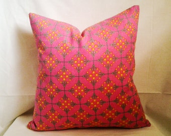 Hot Pink Pillow Cover, 18x18 Pillow Cover, Decorative Pillow, Toss Pillow, Home Decor, Summer, Spring Decor, Young Girl Bedroom Decor