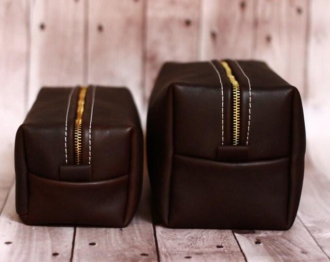 HANDMADE Men's Leather Toiletry Case Dopp Kit Shaving Bag OOAK Groomsmen Present Groomsman Gift Wedding Groom Christmas Gift for him