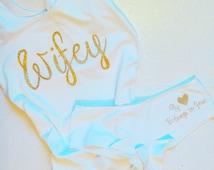 Bride shirt, Bride underwear set, personalized bridal shower gift, personalized wedding gift, wedding night lingerie, personalized underwear