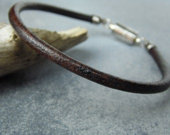 FREE SHIPPING / Mens Leather Bracelet / Leather Bracelet for Men / Thin Leather Bracelet / Antiqued Brown Leather Bracelet / Mens Bracelet