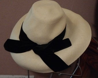 Vintage Couture Fashion Leslie James Wide Brim Straw Hat