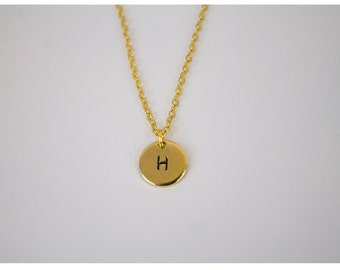 Initial minimalist necklace - gold plated