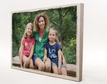 Gift friends: wooden sign