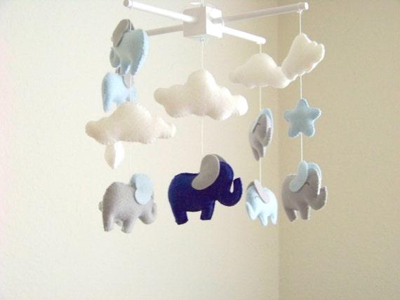 elefanten baby mobil blau graue elefant mobile baby mobile. Black Bedroom Furniture Sets. Home Design Ideas