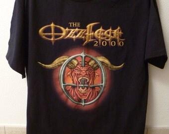 """Ozzy Osbourne-""""Ozzfest 2000"""" t.shirt-size L-Prince of Darkness"""