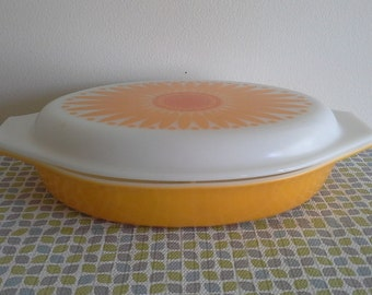 Pyrex Yellow Daisy Divided Casserole Dish
