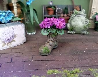 Mossy shoe with plant geranium garden scale 1:12 Dollhouse decoration