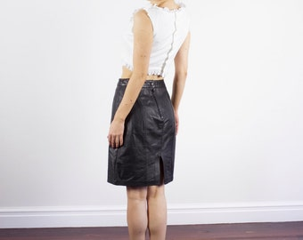 Vintage 1980s Black Leather Skirt / Mini Skirt / High Waist / MOD / XS/S
