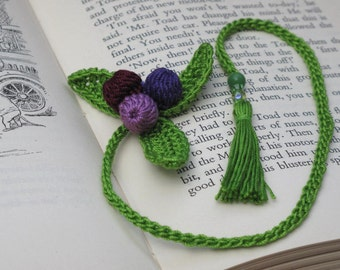 Crochet kit - Turn over a new leaf Bookmark - Learn to crochet a bookmark