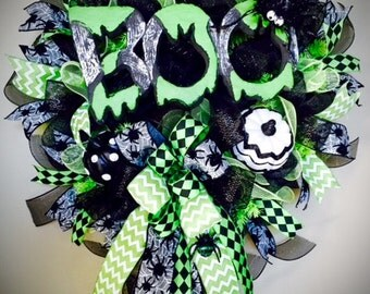 Halloween Wreaths, Halloween Door Decor, Halloween Spider Wreath, Halloween Boo Wreath, Black and Lime Green Wreath, Halloween Decorations