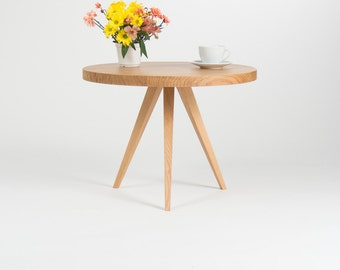 Coffee Table, round coffee table, cafe table, living room table, side table, oak table, solid wood, solid oak, scandinavian design