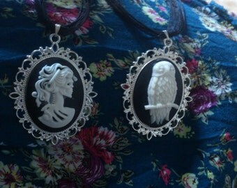 Large Victorian Necklace Owl or Lady