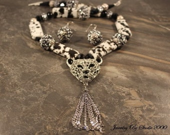 Black and White Necklace Set with Silver and Crystal Leopard Head