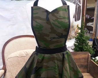 Camouflage Tiered Apron