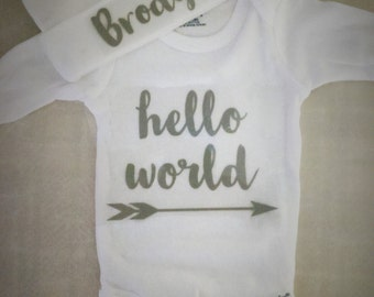 Personalized Boy's Hello World Onesie with beanie hat set. Boy's Bring Home Outfit. Boy's Newborn Outfit. Take Home Outfit..