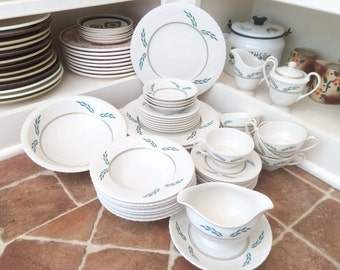 Vintage Dishes Dinnerware Set Dinner Plates Dish Set of Dishes Vintage Plates Mismatched China White Dishes Antique Dishes Holiday Dishes