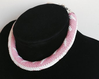 Handmade bead crochet necklace with leafy pattern