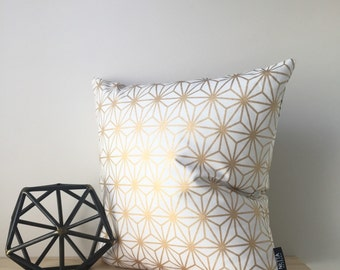 Gold Lattice | Cushion Cover | Pillow Cover | Invisible Zipper | 18x18 Inches