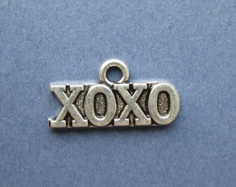 5 XOXO Charms - XOXO Pendants - Love Charms - Love - Hugs & Kisses - Antique Silver - 20mm x 10.5mm  --(R4-10420)