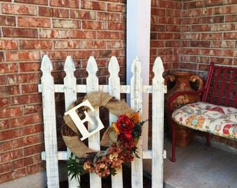 Shabby Chic Picket Fence Decor