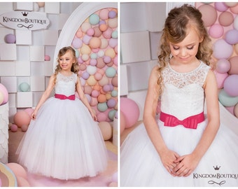 Lace White Flower Girl Dress -  Holiday Wedding Birthday Party  Bridesmaid Lace White Tulle Flower Girl Dress 15-018