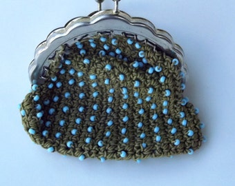 Vintage COIN/CHANGE PURSE, green with small beads