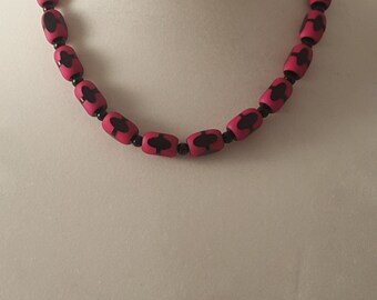 Hot Pink Oval Beads - Black Oval & Hot Pink Bead Necklace - Pink Bead Necklace - Woman's Necklace - Hot Pink - Black Oval - Pink Necklace