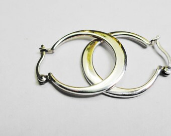 22mm. Silver Hoop Earrings.