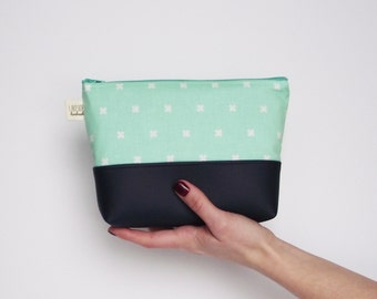 Mint Midi Clutch, Faux Leather, XOXO