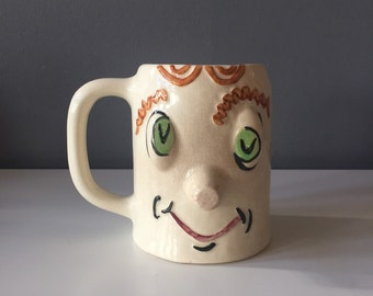 Vintage Pfaltzgraff 'Pickled Pete' Muggsy Mug RARE Early Production with all Raised Features