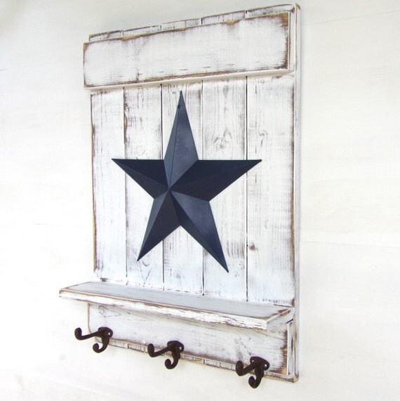 white distressed wooden wall shelf with blue metal barn star. Black Bedroom Furniture Sets. Home Design Ideas