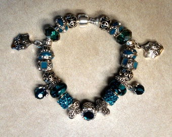 DeLuxe Teal & Crosses Bracelet