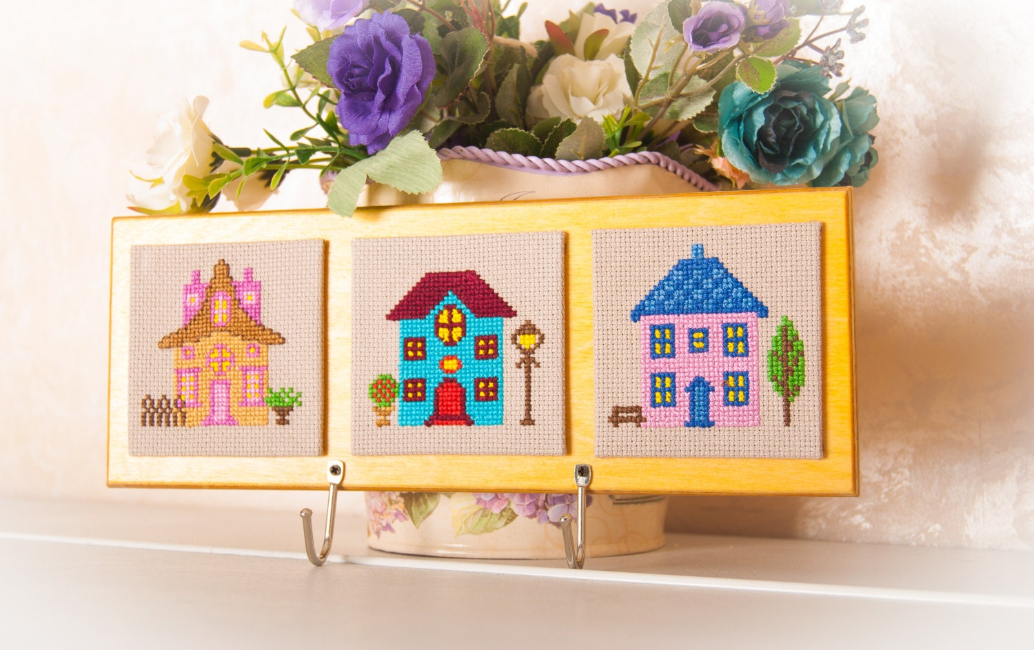 Key holder wall home decor key rack embroidery cross stitch for Mural key holder