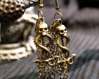 Gothic earrings - American ties to black and charms beads