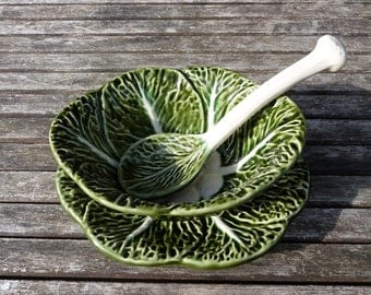 Majolica Cabbage leaf sauce or dressing bowl with matching saucer and spoon. French country kitchen.