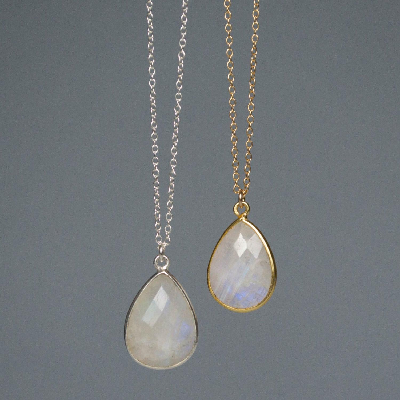 Moonstone Necklaces: Rainbow Moonstone Necklace Moonstone Pendant Necklace