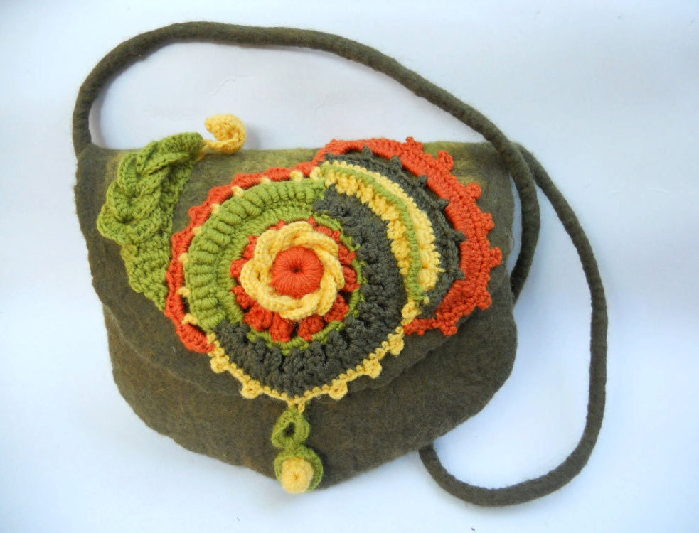 Felted shoulder bag Felt and crochet purse Felt merino bag