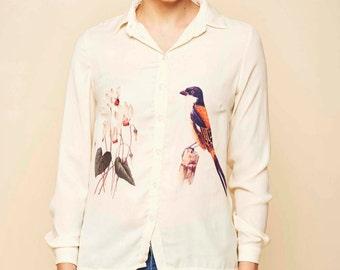 Final sale, Buttoned blouse, Floral blouse, Bird print, Elegant blouse, Satin blouse, Animal blouse, Cyclamen paint, bird shirt
