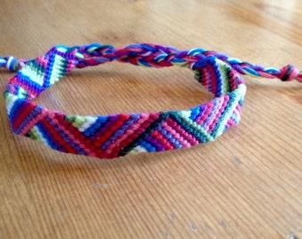 Bracelet Zig - Zag / Brazilian Bracelet / Friendship Bracelet / embroidery and weaving, handmade