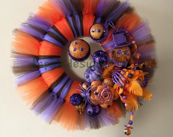 Halloween Tulle Wreath, Spider Wreath, Halloween Wall Decor, Home Decor, Halloween Front Door Decor, Fall Wreath, Skull Wreath, Scary Wreath