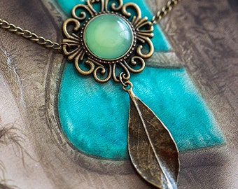 Gaia green Agate - pattern Art necklace